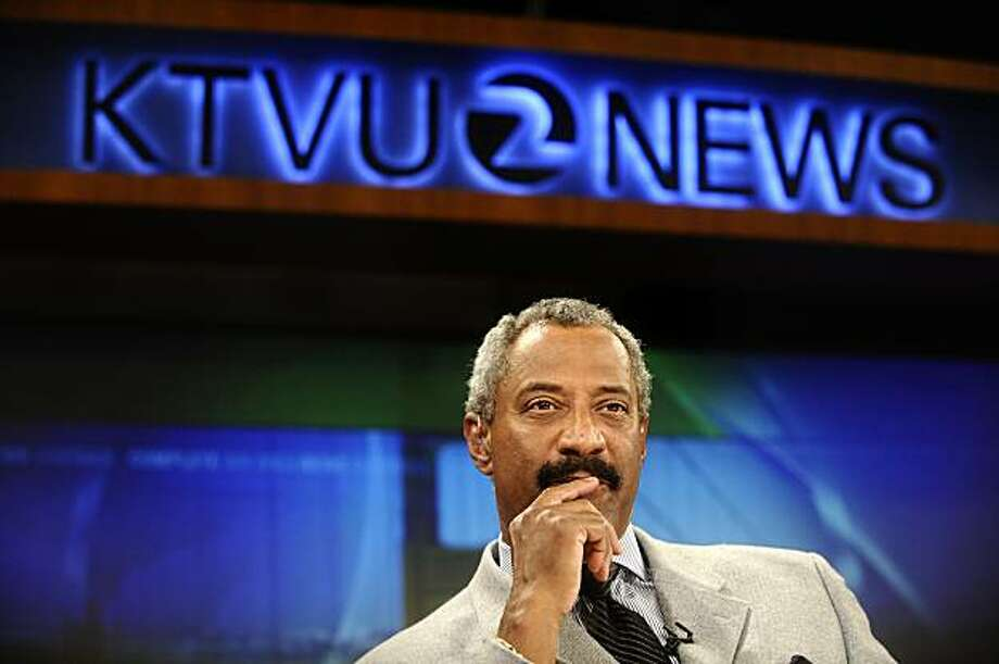 KTVU anchorman Dennis Richmond pauses during a break in the six oíclock news on Friday, May 9, 2008, in Oakland, Calif. Richmond is retiring after 40 years on May 21.  Photo by Noah Berger / Special to the Chronicle Photo: Noah Berger, Special To The Chronicle