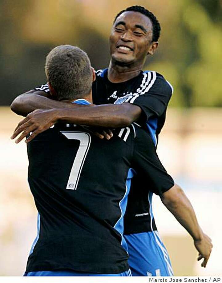 San Jose Earthquakes' James Riley, top, hugs teammate Ronnie O'Brien after O'Brien's goal against the New England Revolution in the first half of a match in Santa Clara, Calif., Saturday, Aug. 16, 2008. Photo: Marcio Jose Sanchez, AP