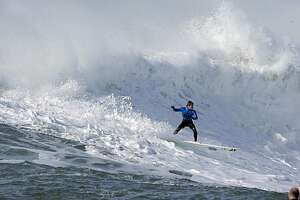Profiles of Mavericks competitors - Photo