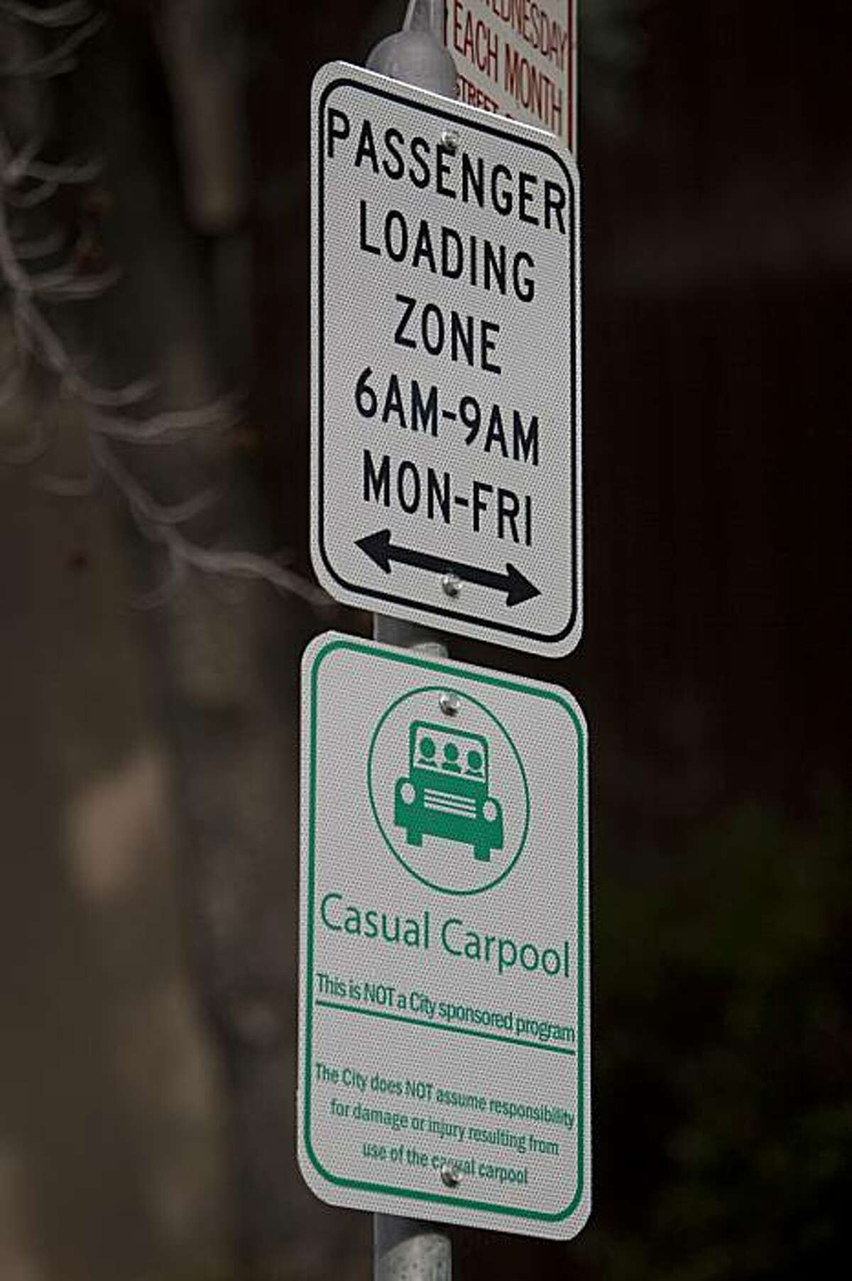 The sign for the Casual Carpool Commuter pick up point located at Oakland Avenue and Monte Vista Avenue on Thursday February 11, 2010 in Oakland, Calif. Photograph by David Paul Morris / Special to the Chronicle