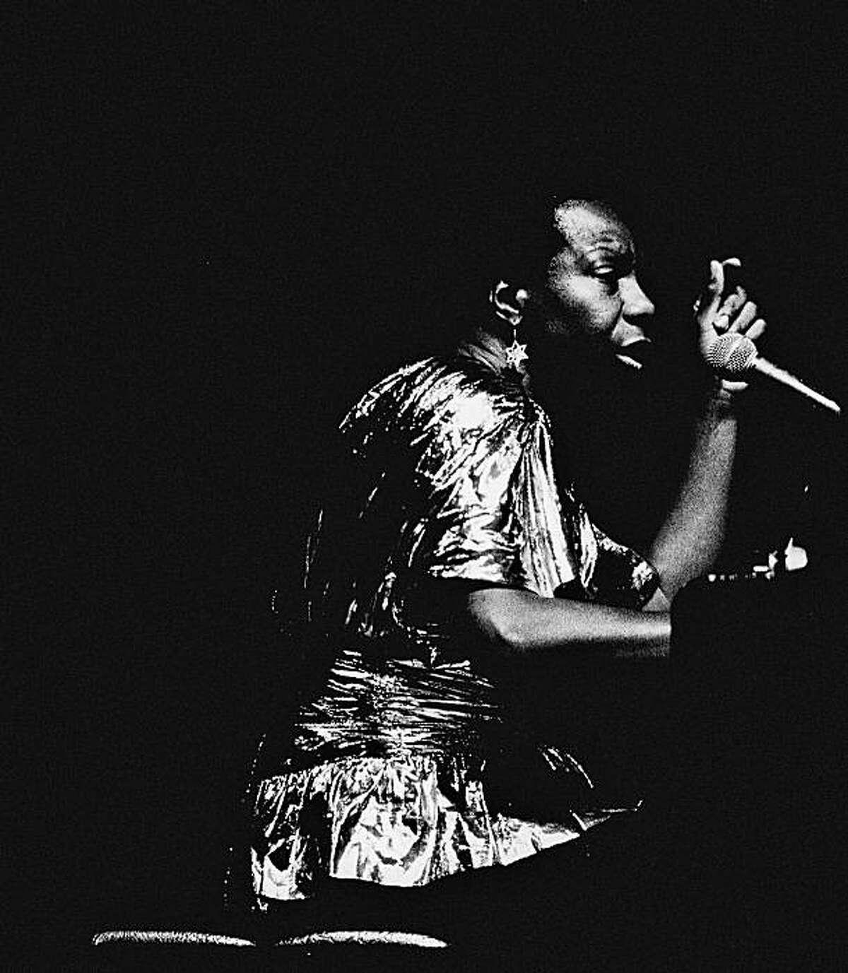 SIMONE.jpg July 19,1986 - Nina Simone concert at the Masonic Auditorium i San Francisco, Calif. Frederic Larson Chronicle File