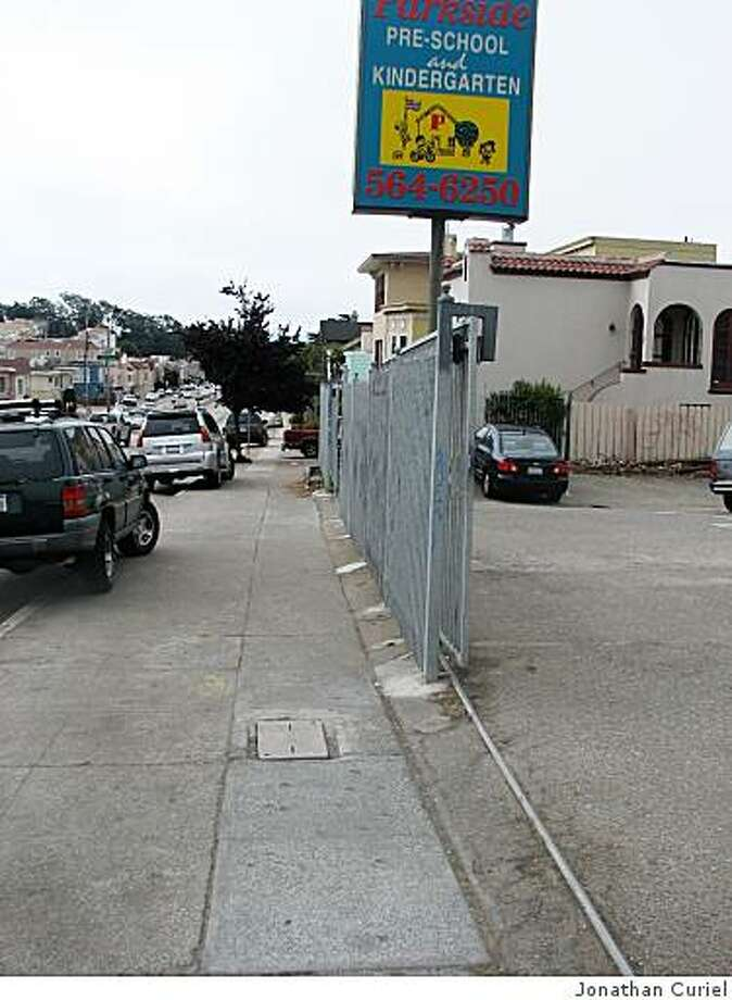 The sidewalk at 19th near Taraval. Photo: Jonathan Curiel