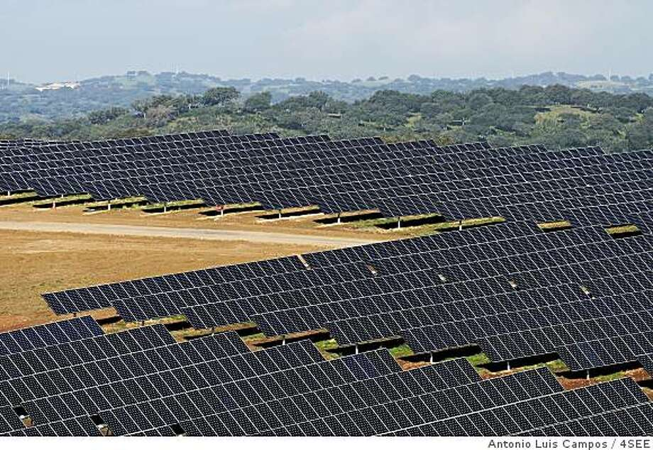 Portugal photovoltaic solar plant similar to the 250 MW facility that SunPower proposes building in San Luis Obispo county. Photo courtesy of SunPower. Photo: Antonio Luis Campos / 4SEE
