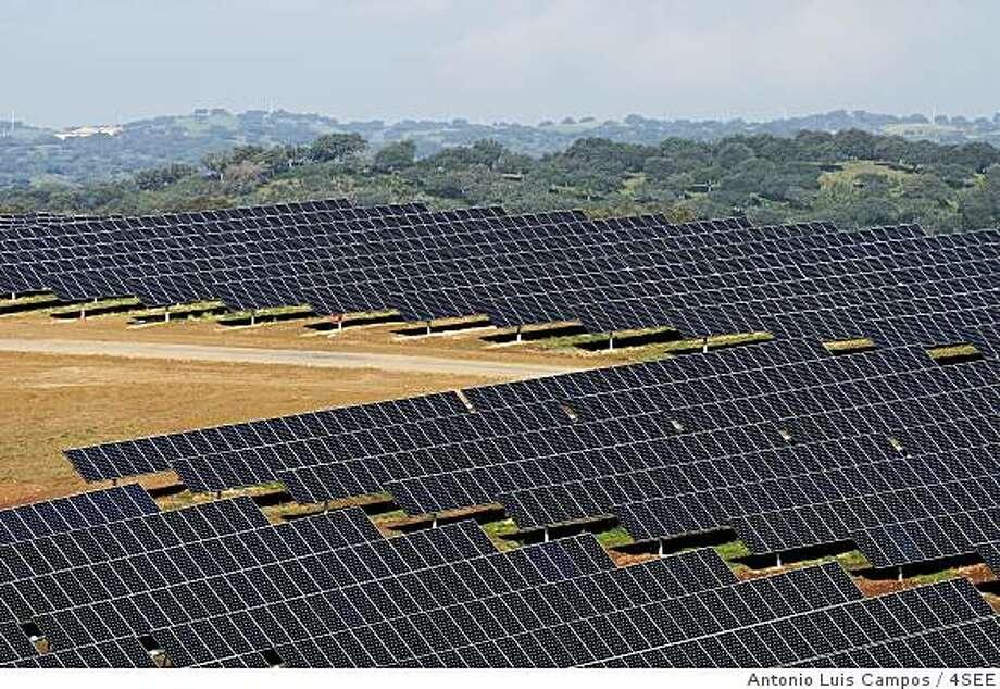 Portugal photovoltaic solar plant similar to the 250 MW facility that SunPower proposes building in San Luis Obispo county. Photo courtesy of SunPower. Photo: Antonio Luis Campos / 4SEE
