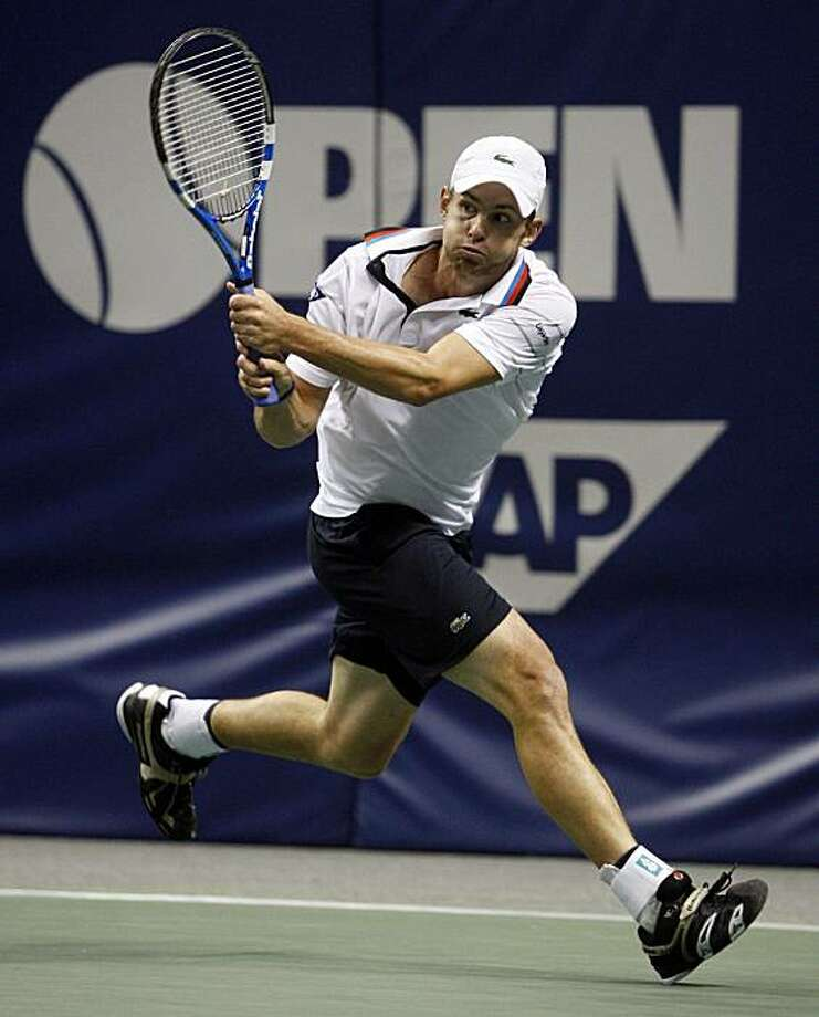 Andy Roddick returns the ball to Tomas Berdych of the Czech Republic during the quarterfinals of the SAP Open tennis tournament Friday, Feb. 12, 2010, in San Jose, Calif. Photo: Ben Margot, AP