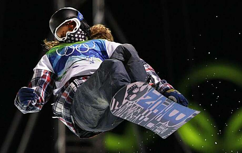 Shaun White of the USA during his first heat run in the final in the men's snowboard halfpipe competition at the Vancouver 2010 Olympics in Vancouver, British Columbia, Wednesday, Feb. 17, 2010. Photo: Gerry Broome, AP