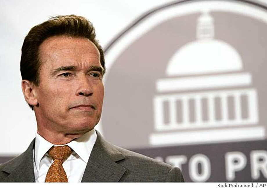 an appearance at the Sacramento Press Club, Wednesday, Jan. 17, 2007, in Sacramento, Calif. Schwarzenegger said that we wants to do health reform all in one fell swoop and would not consider doing it in a piecemeal fashion. (AP Photo/Rich Pedroncelli) Photo: Rich Pedroncelli, AP