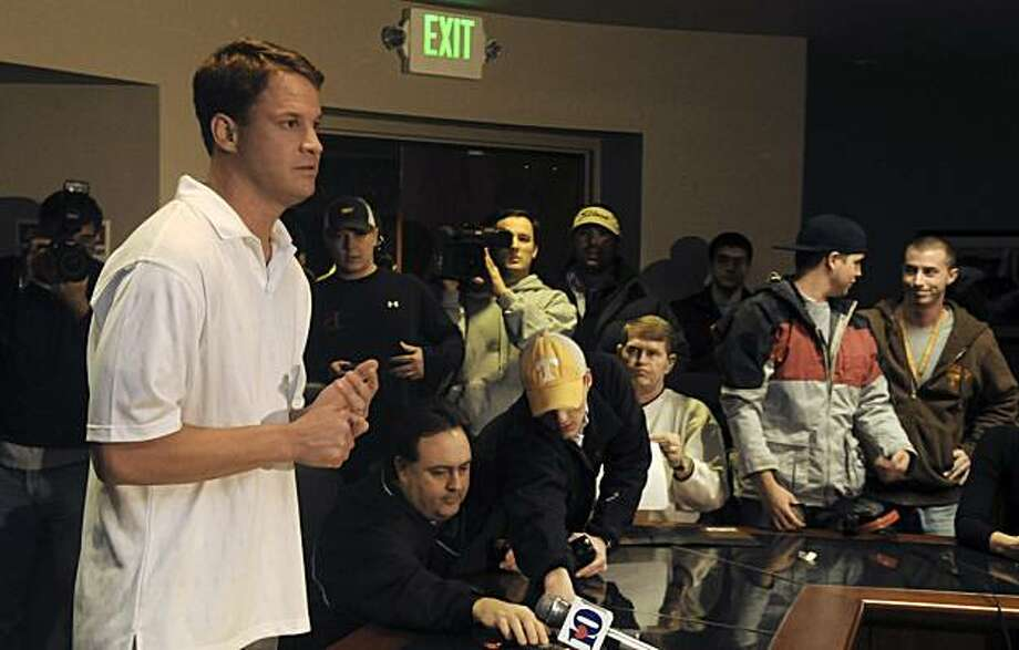 Tennessee football coach Lane Kiffin speaks at a news conference in Knoxville, Tenn., Tuesday, Jan. 12, 2010. Kiffin announced he will leave Tennessee after only one season to take the head coaching job at Southern California. Photo: J. Miles Cary, AP