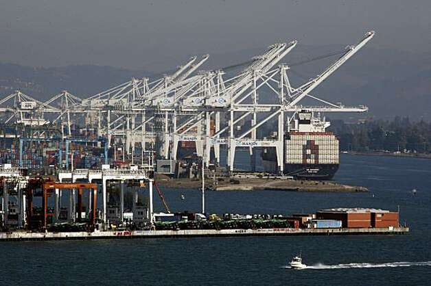 The Oakland port will be deepening the harbor to accomodate bigger, deeper ships.  Overview of the port in Oakland, Calif., on Thursday, September 24, 2009. Photo: Liz Hafalia, The Chronicle