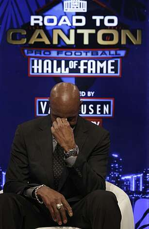 Jerry Rice pauses as he gets emotional  while speaking after being elected to the Pro Football Hall of Fame on Saturday, Feb. 6, 2010 in Fort Lauderdale, Fla. Photo: Wilfredo Lee, AP