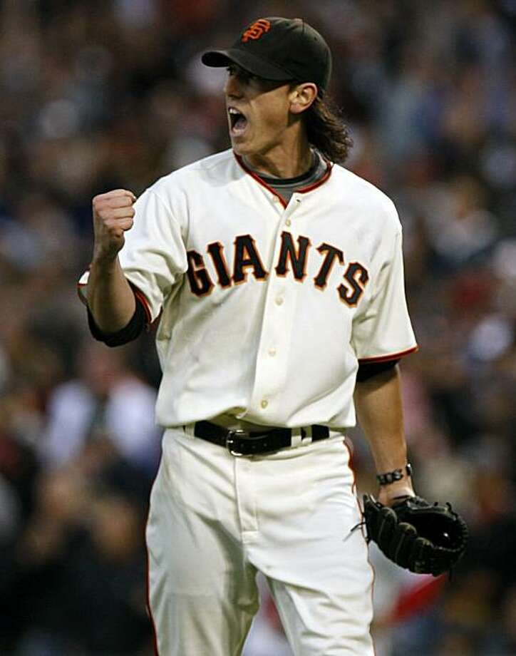 Giants starting pitcher Tim Lincecum reacts to Fred Lewis' catch that ended the top of the 7th inning. The San Francisco Giants beat the Philadelphia Phillies 2-0 on Saturday night, August 1, 2009. Photo: Lance Iversen, The Chronicle