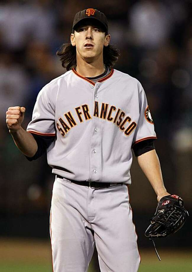 Giants Tim Lincecum closes out the 9th inning to get the win.  The San Francisco Giants take on the Oakland Athletics in the Battle of the Bay series on Tuesday June 23, 2009,  in Oakland , Calif. Photo: Michael Macor, The Chronicle