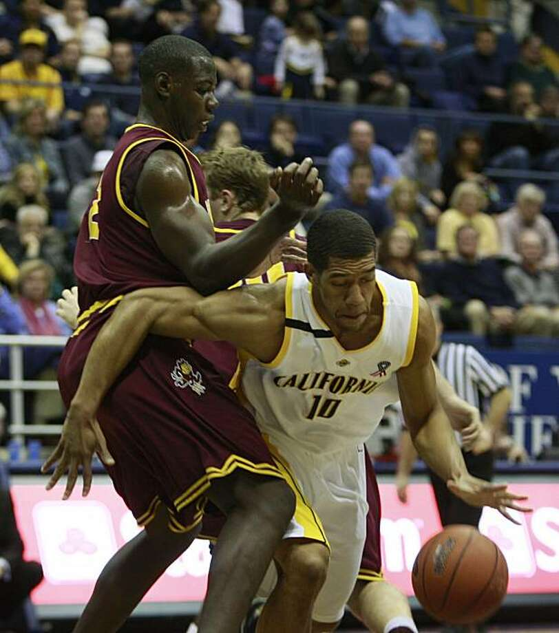 Jamal Boykin (Cal #10) moves the ball past Eric Boateng (Arizona State #2) during the Cal vs. Arizona State game in Berkeley, Calif. on Sunday January 4 ,2009. Photo: Lea Suzuki, The Chronicle