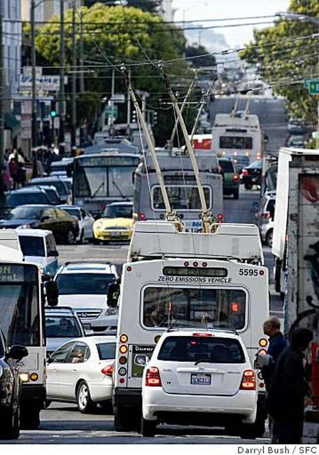 buses Photo: Darryl Bush, SFC