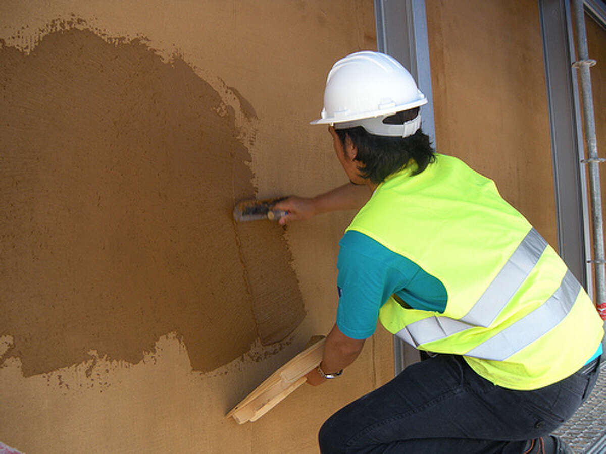 Arizona Plasterers and Stucco MasonsMedian salary: $33,230Number of people employed in state: 1,830