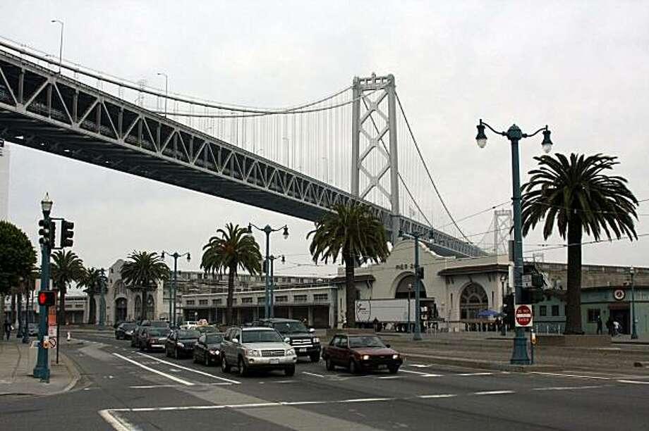 Bridge view in Soma Photo: Lee Fenyves, Sf.BlockShopper.com