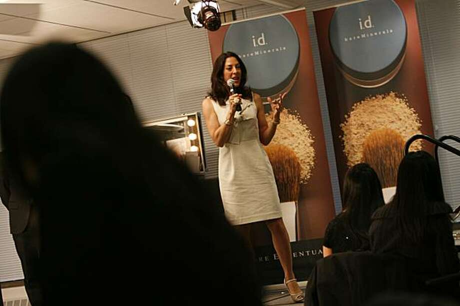 "Leslie Blodgett addresses the class during Sephora University's ""Master Class"" session, its first class open to the public, on Thursday, April 17, 2008 in San Francisco, Calif.  Bare escentuals CEO Leslie Blodgett was brought in to instruct the class of 120 registrants, who had each paid $25 to attend. Photo By Lea Suzuki/ San Francisco Chronicle Photo: Lea Suzuki, The Chronicle"