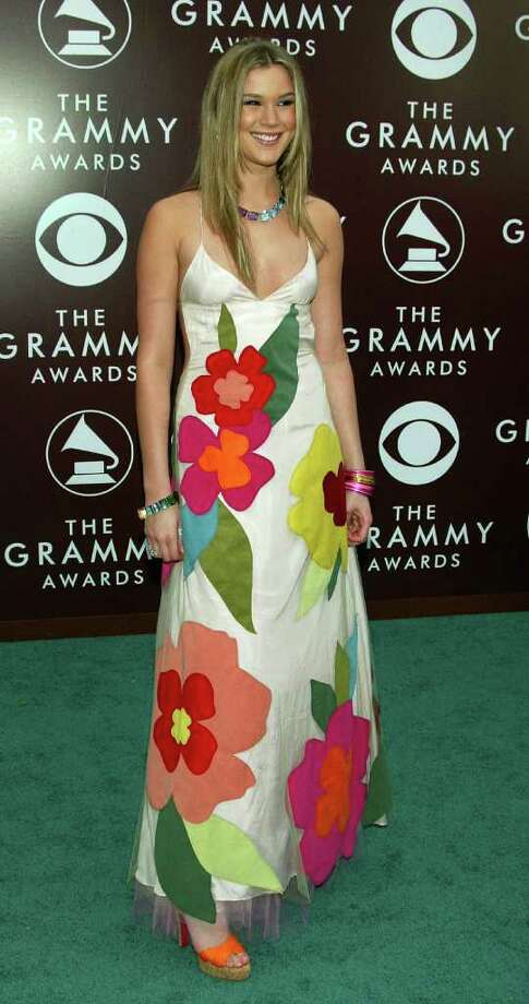 Joss Stone might have been better off island-hopping in her 2005 gown. Photo: Kevin Winter, Getty Images / 2005 Getty Images