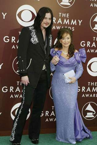 Jack White and Loretta Lynn made for an eye-catching pair back in 2005.  Photo: LEE CELANO, AFP/Getty Images / 2005 AFP