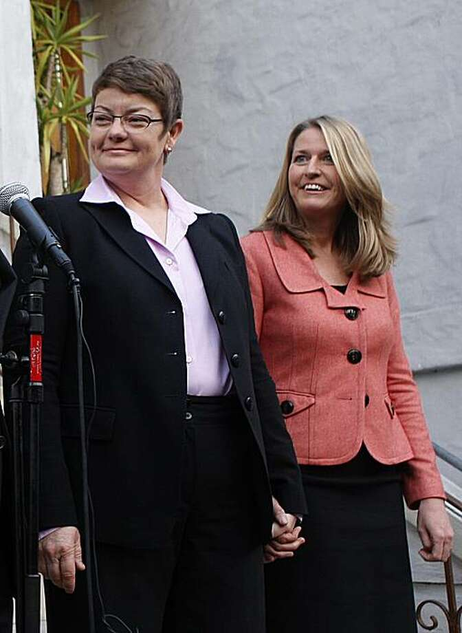 Kristin Perry (left) and Sandra Stier were denied the right to marry and are making a statement before the trial in San Francisco, Ca., on Monday, January 11, 2010. Photo: Liz Hafalia, The Chronicle