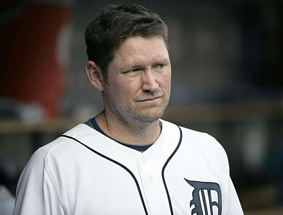 Detroit Tigers' Aubrey Huff looks from the dugout during the Tigers' baseball game against the the Seattle Mariners in Detroit on Aug. 18, 2009.  The San Francisco Giants and first baseman Huff have agreed to a one-year contract pending a physical. Photo: Duane Burleson, AP