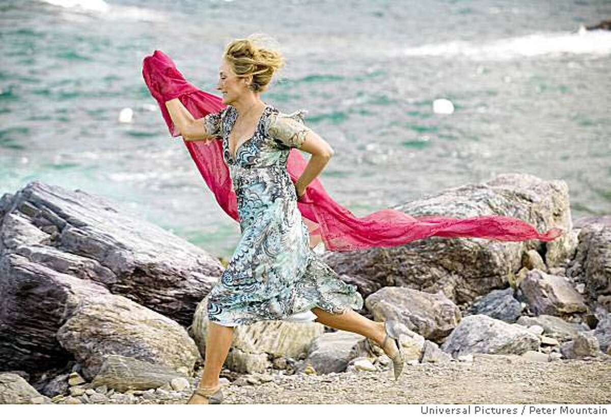 MERYL STREEP as Donna Sheridan in the musical romantic comedy Mamma Mia! Credit: Peter Mountain
