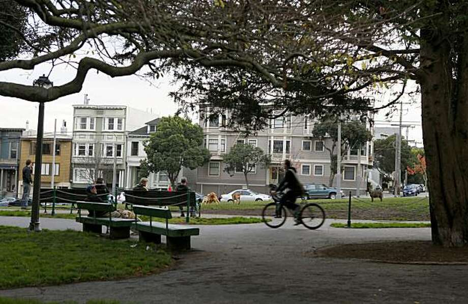 People hangout in Duboce Park where Potomac Street dead ends, Wednesday Dec. 30, 2009, in San Francisco, Calif. Photo: Lacy Atkins, The Chronicle