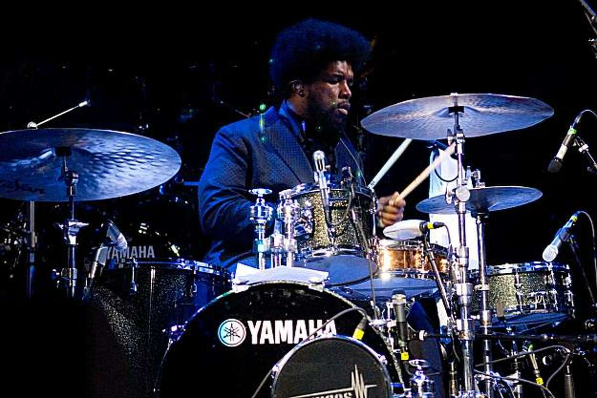 Questlove of the Roots performs at Madison Square Garden on April 14, 2009 in New York City.