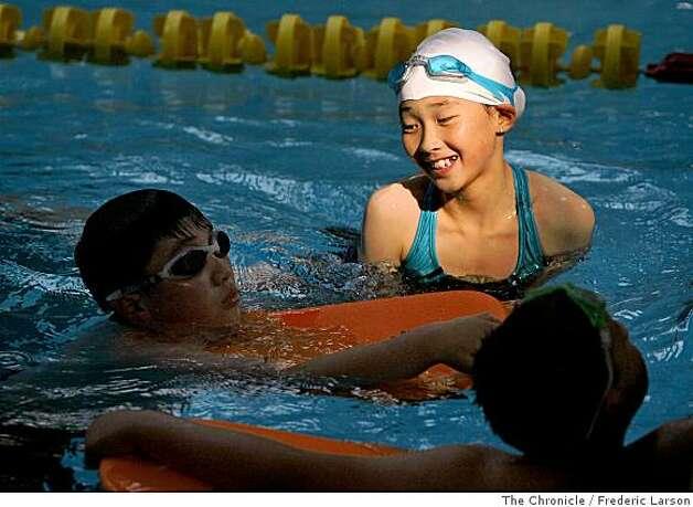 Bayview swim team crosses racial divide sfgate Public swimming pools san francisco