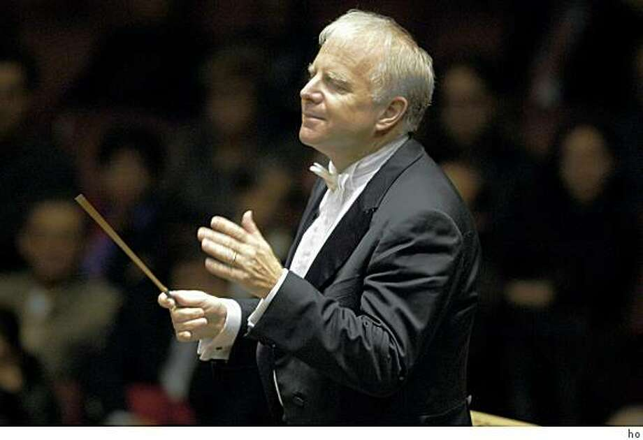 Leonard Slatkin led the San Francisco Symphony with exuberance. Photo: Ho