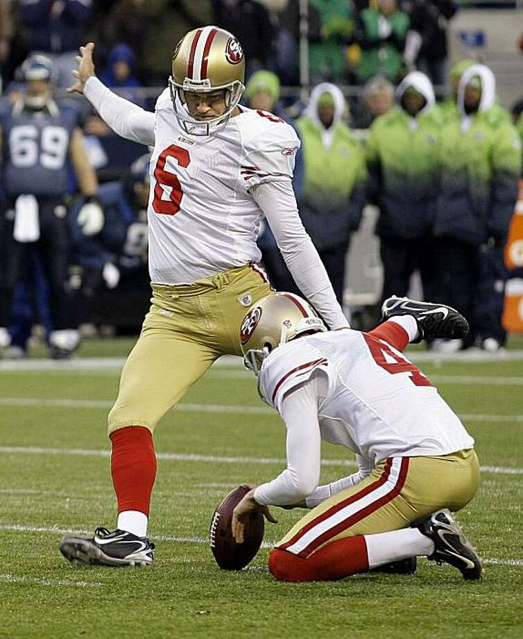 San Francisco 49ers' kicker Joe Nedney (6) kicks a field goal in the second half against the Seattle Seahawks during an NFL football game, Sunday, Dec. 6, 2009, in Seattle. (AP Photo/Ted S. Warren) Photo: Ted S. Warren, AP