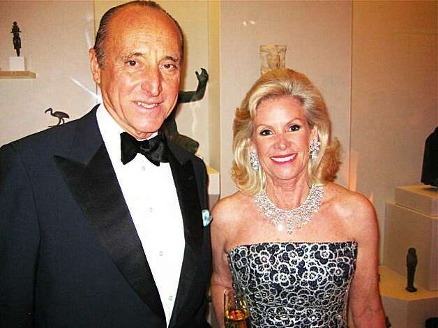 John Traina and Fine Arts Museums Board President Dede Wilsey at the Cartier in America exhibition at the Legion of Honor. December 2009 Photo: Catherine Bigelow, Special To The Chronicle