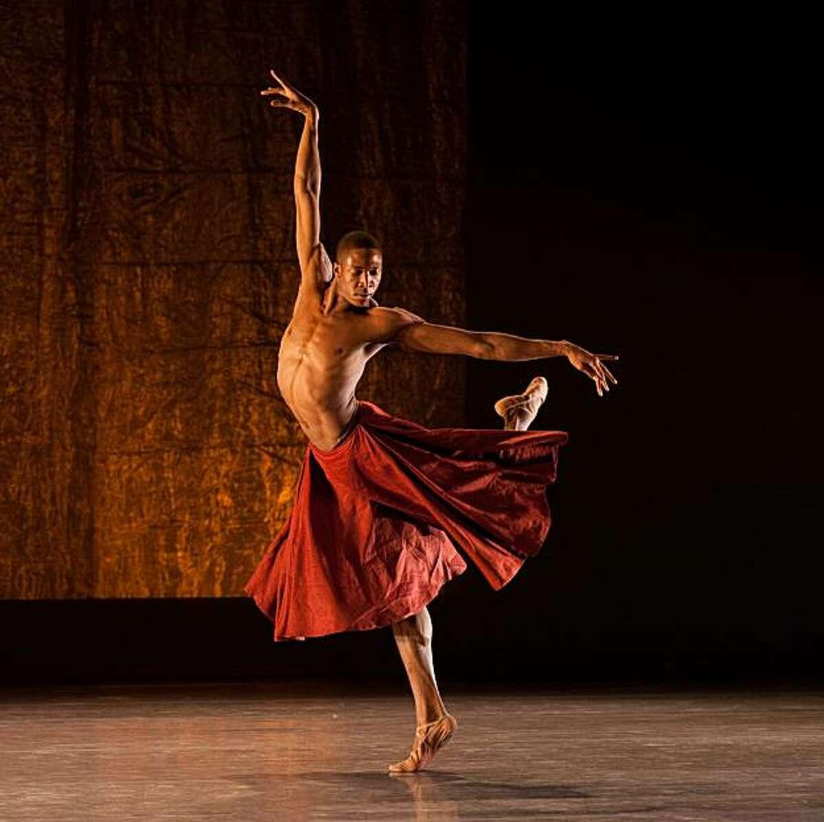 orey Scott-Gilbert performs in Scheherazade, photo byFranck Thibault.