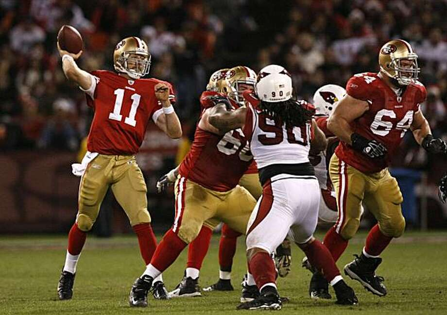 49ers quarterback Alex Smith passes the ball against the Arizona Cardinals on Monday in San Francisco. Photo: Lacy Atkins, The Chronicle