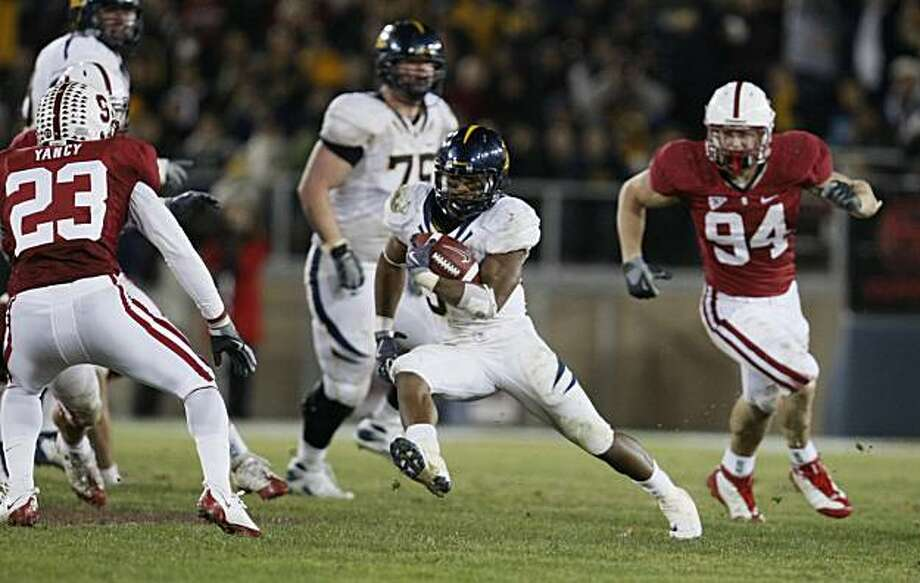 California Shane Vereen cuts back after entering Stanford territory Saturday November 21, 2009. Cal defeated Stanford in the Big Game 34-28 in Palo Alto. Photo: Lance Iversen, The Chronicle