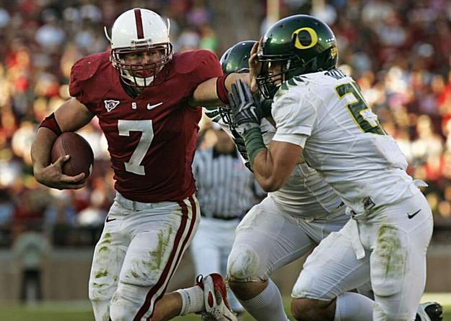 Stanford Running back Toby Gerhart runs for a first down in 3rd quarter action Saturday Nov 7, 2009. Stanford defeated Oregon 51- 42 in their NCAA game in Palo Alto Ca. Photo: Lance Iversen, The Chronicle
