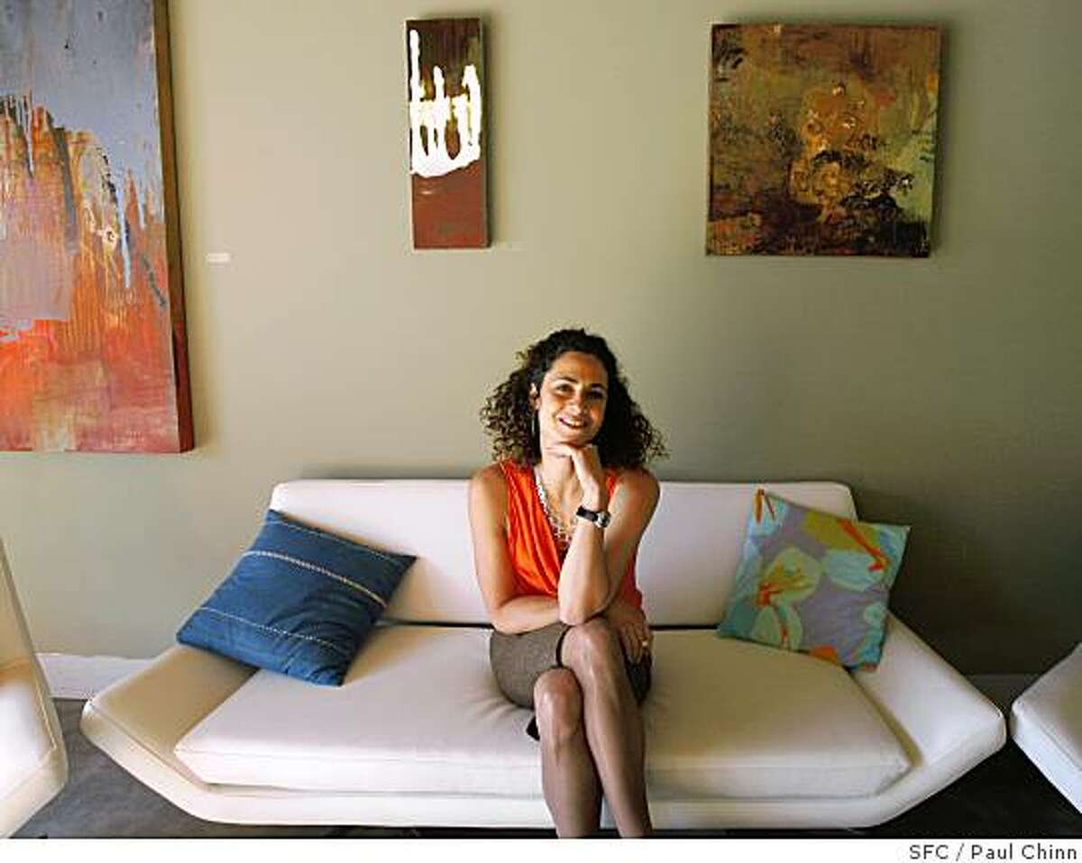 """Dr. Daphne Miller is seen at her office in San Francisco, Calif., on Tuesday, May 13, 2008. Miller's written a new book, """"The Jungle Effect"""", on the healthy benefits of indigenous diets from around the world.Photo by Paul Chinn / San Francisco Chronicle"""