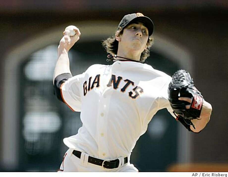 San Francisco Giants starting pitcher Tim Lincecum throws against the Houston Astros in the first inning of a baseball game in San Francisco on May 15. Photo: Eric Risberg, AP