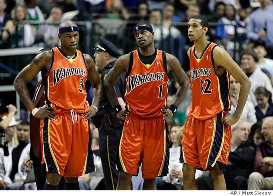 ###Live Caption:Golden State Warriors forwards Al Harrington, left, Stephen Jackson, center, and Brandan Wright wait for play to resume after a time-out in the second half of an NBA basketball game against the Dallas Mavericks, Wednesday, April 2, 2008, in Dallas. Dallas won 111-86. (AP Photo/Matt Slocum)###Caption History:Golden State Warriors forwards Al Harrington, left, Stephen Jackson, center, and Brandan Wright wait for play to resume after a time-out in the second half of an NBA basketball game against the Dallas Mavericks, Wednesday, April 2, 2008, in Dallas. Dallas won 111-86. (AP Photo/Matt Slocum)###Notes:Stephen Jackson, Al Harrington, Brandan Wright###Special Instructions:EFE OUT Photo: Matt Slocum