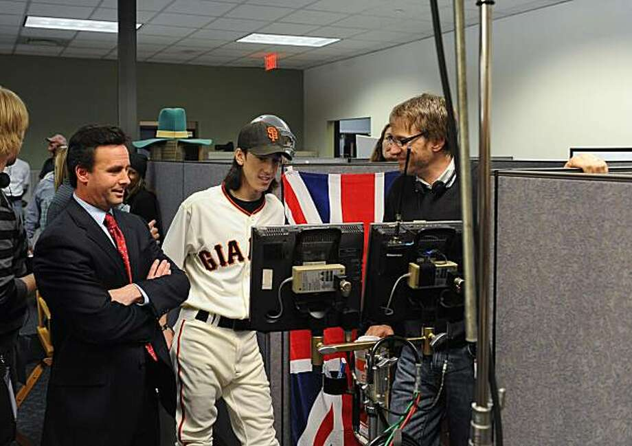 """Tim Lincecum, with """"Baseball Tonight"""" host Karl Ravech (left), during the making of a """"This is SportsCenter"""" commercial at ESPN in Bristol, Conn. on Tuesday, Dec. 1, 2009. Photo: Scott Clarke, Scott Clarke/ESPN"""