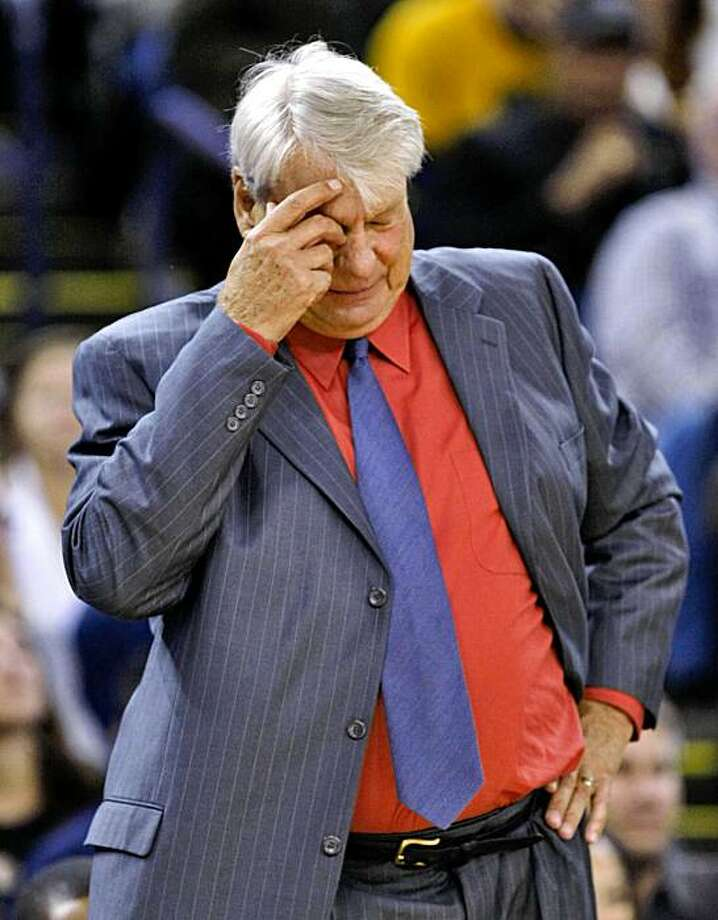 Golden State Warriors head coach Don Nelson reacts to a call in teh game against the Minnesota Timberwolves, Monday Nov. 9, 2009, in Oakland, Calif. Photo: Lacy Atkins, The Chronicle