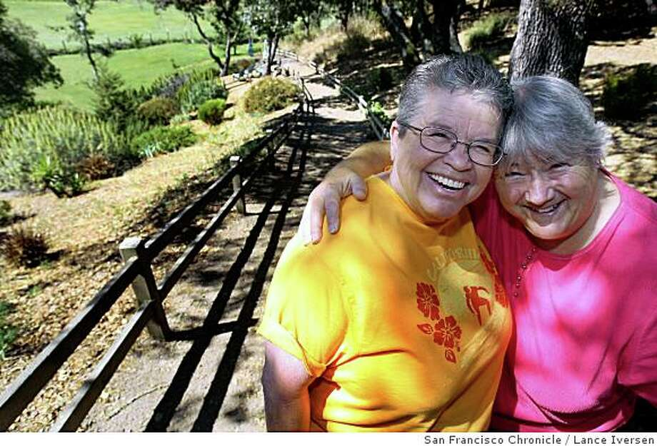 C.C. Manning, left and Sher Strugnell have been a couple for years, once married they now plan to do it again this time with the California Supreme Courts blessing. Retired pet storeowners -- CC is 70-something and Sher is 60-something. Photographed in Novato Calif., Saturday, June 7, 2008. Photo by Lance Iversen / The Chronicle Photo: Lance Iversen, San Francisco Chronicle