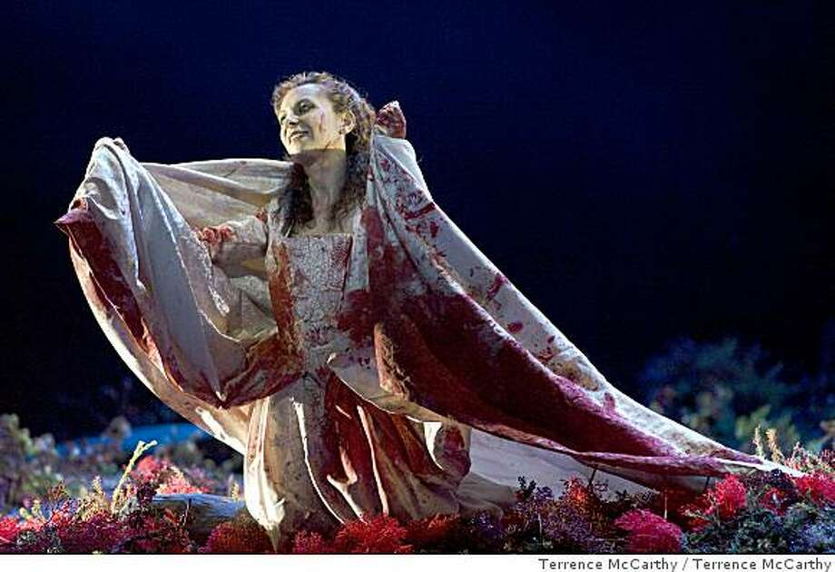Natalie Dessay as Lucia. San Francisco Opera Presents Donizetti�s Lucia di Lammermoor June 17-July 5, 2008 at the War Memorial Opera House.Photo by Terrence McCarthy Photo: Terrence McCarthy