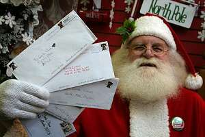 USPS asks volunteers to answer children's letter to Santa - Photo