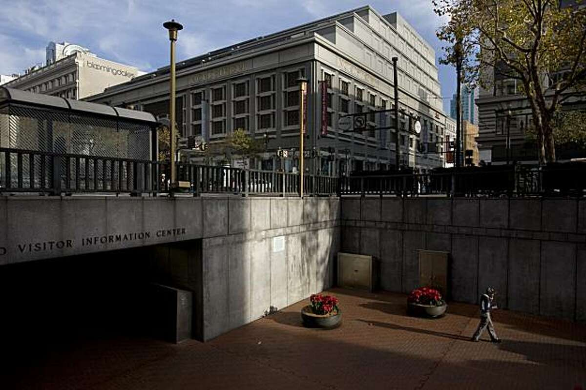 Hallidie Plaza, the sunken plaza leading into the Powell BART/Muni Station, is slated for a revamp starting with the little-used western portion close to Cyril Magnin Street. Mayor Gavin Newsom and other city officials want to remake the plaza starting with the decking area so it will be level with the street.