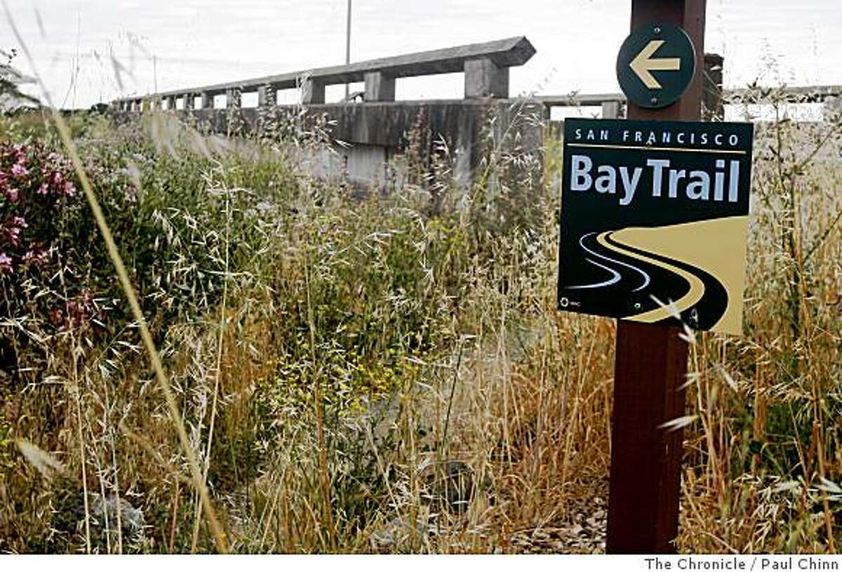 Signs direct outdoor enthusiasts to the Bay Trail at Las Galinas Marsh in San Rafael, Calif., on Wednesday, May 28, 2008. Nearly 60 percent of the 500-mile trail that rings the bay is completed.