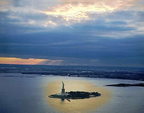 Robert Cameron's Statue of Liberty Photo: Robert Cameron