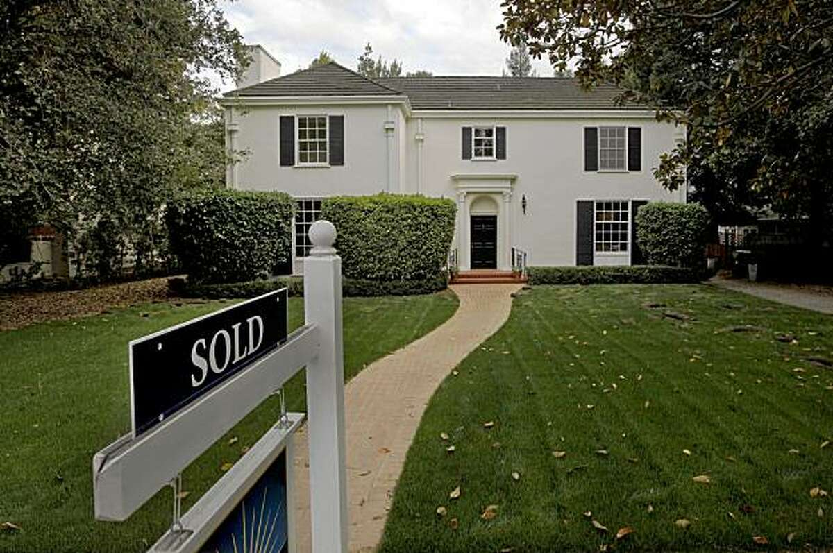 A home along University Avenue in Palo Alto, Calif., no longer on the market.