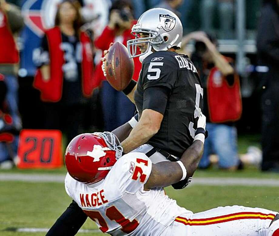 Kansas City Chiefs Alex Magee sacks Oakland Raiders quarterback Bruce Gradkowski in the fourth quarter, Sunday Nov. 15, 2009, in Oakland, Calif. Photo: Lacy Atkins, The Chronicle