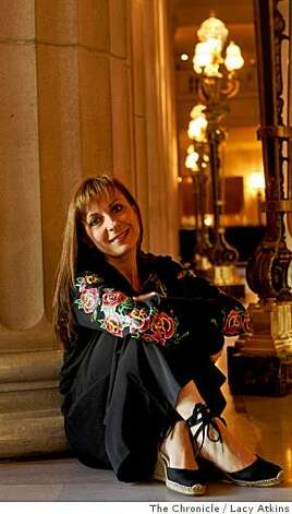 natalie dessay opera critic Natalie dessay - (the) miracle of the voice natalie dessay in the season of celebration a critic may lead the revels or cast a shadow like the uninvited.